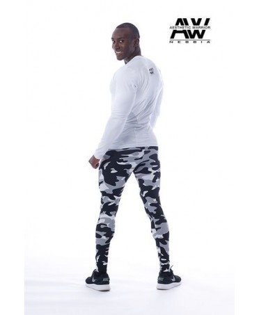 legging men's fog, camouflage, with inside pocket and reinforcement at the crotch. To enhance the muscles of the legs