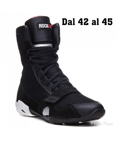 BLACK GYM BOOTS WITH LACES...