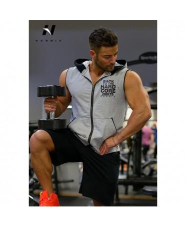 maglia grigia senza maniche per allenamento palestra. nebbia: il marchio piu' utilizzato dagli IFBBPRO