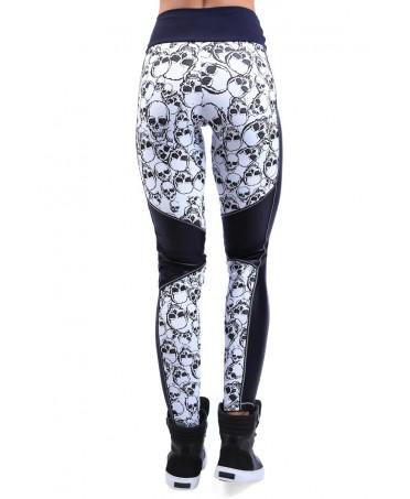 legging bianco e nero stampa a teschi con inserti neri. tessuto lavorato a rilievo, moda fashion body building,