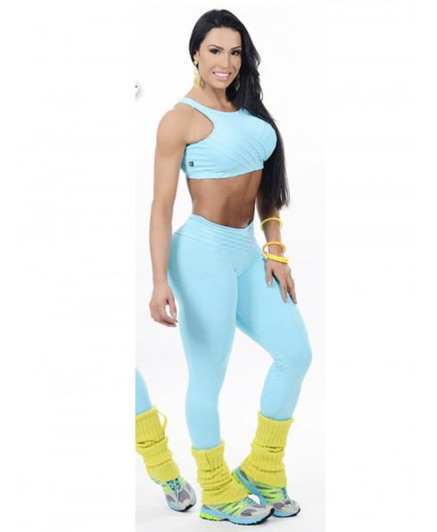 completo azzurro aderente fitness contenitivo,moda sportiva claabella,effetto push up sui glute, fitness mania