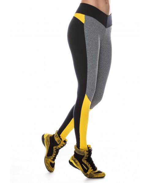 legging con elastico in vita, push up sui glutei, moda giovane e particolare per il fitness