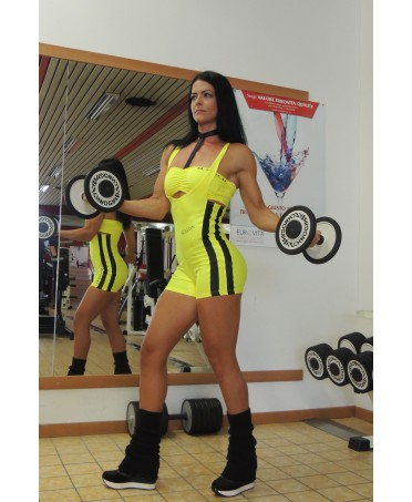 tutina gialla spotiva da donna, tessuti contenitivi che sostengono le forme con effetto push up