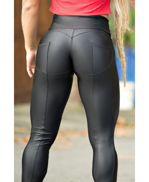 8a707f76be6601 Leggings push-up black, polished, Dynamite Fitness. A leggings push up shiny  with round cut at the buttocks and thin fabric but very brief : the  all-round ...